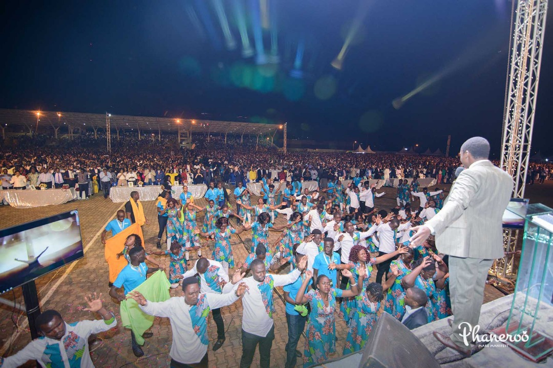 Phaneroo 4th Anniversary (104)
