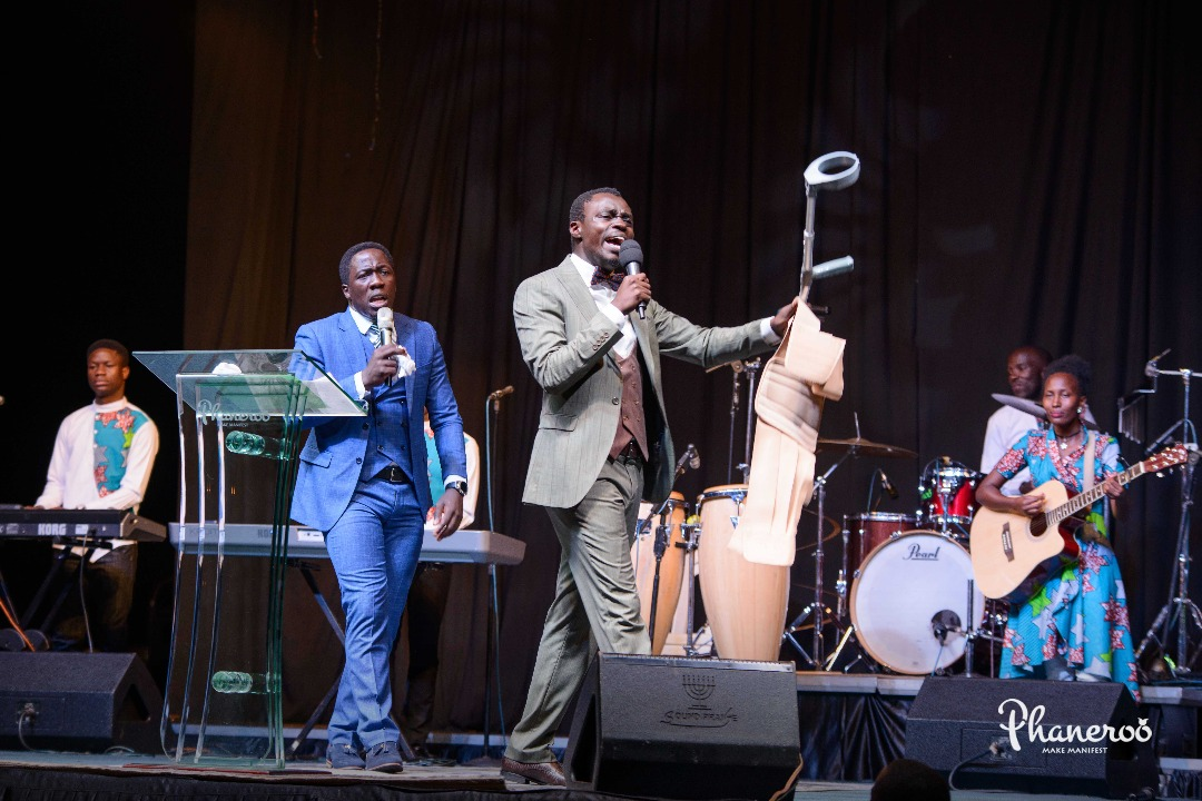 Phaneroo 4th Anniversary (106)